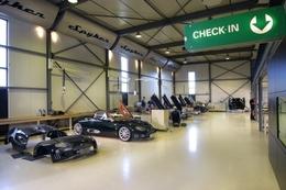 Spyker débute sa production en Angleterre