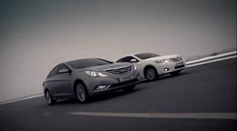 [Vidéo] la Drag race qui n'intéresse personne : nouvelle Hyundai Sonata contre Toyota Camry