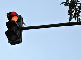 Les radars de franchissement de feu rouge permettent de sauver des vies, rapporte une étude réalisée aux Etats-Unis