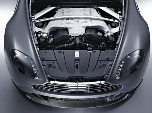 On est content pour eux : l'Aston Martin V12 Vantage finalement commercialisée aux Etats-Unis