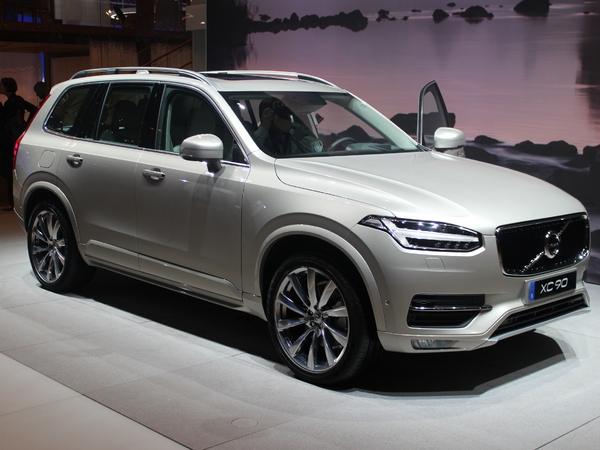 volvo a comme objectif de vendre 2 000 xc90 en france en 2015. Black Bedroom Furniture Sets. Home Design Ideas