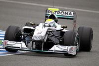 F1: Essais à Jerez-J1: Rosberg réalise le meilleur temps sous la pluie.