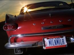 Il passe les trois millions de miles au volant de sa Volvo P1800 S