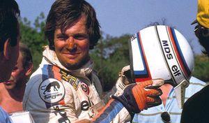 Hubert Auriol, automobiliste un peu, motard beaucoup