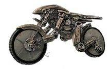DeviantART encore avec une moto directement inspirée par Alien ...
