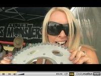 Vidéo du jour : Stunt Bike Show 2009 avec le Show de Lolo Cochet...
