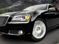 Chrysler 300 : une version SRT8 de 470 chevaux à l'étude. Y compris pour la Lancia Thema ?