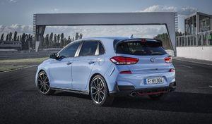 Selon Hyundai, la Volkswagen Golf GTI ne tient pas le choc sur la piste
