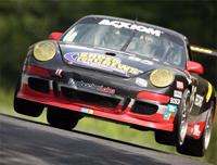 Grand-Am: Pontiac bat Porsche et Mazda