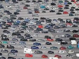 Gel des tarifs aux péages: les sociétés d'autoroute lancent une procédure contre l'Etat