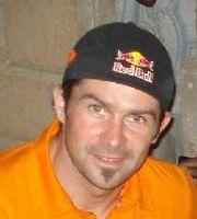 Cyril Despres est allé à Dakar inaugurer son école.