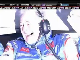 [Vidéo] Les belles larmes de joie d'Hugues de Chaunac à l'arrivée de la Peugeot 908 Oreca pour sa victoire aux 12 Heures de Sebring