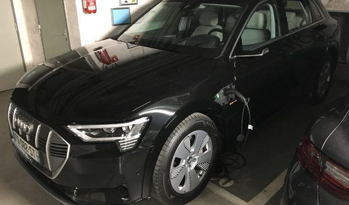 Vidéo Live – L' Audi e-tron 55 quattro à l'épreuve du périphérique : peut-on faire mieux que le Jaguar I-Pace ?