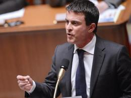 Manuel Valls souhaite réduire le délai d'obtention du permis de conduire