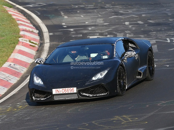 Surprise en vidéo: la remplaçante de la Lamborghini Gallardo sur le Nürburgring