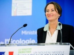 Voitures électriques: une aide de 10.000 euros