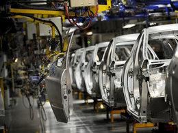 PSA promet de ne pas fermer d'usine... jusqu'en 2016