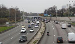 Paris: de nouvelles restrictions de circulation annoncées pour l'année prochaine