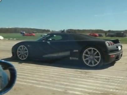 Réveil auto : Koenigsegg CCR Evolution vs Corvette ZR1, la leçon n°2