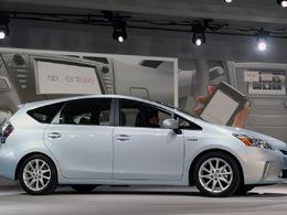 Le lancement de la Toyota Prius V reporté suite aux catastrophes japonaises