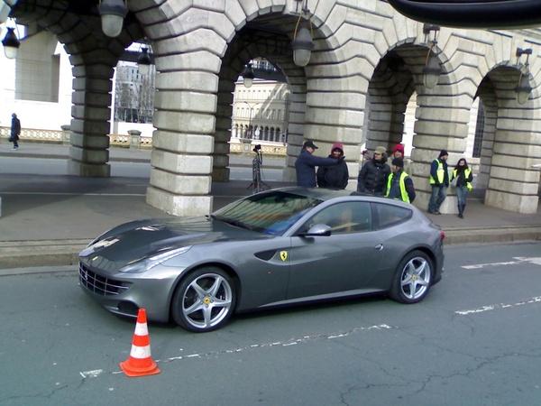 La Ferrari FF, déjà dans Paris