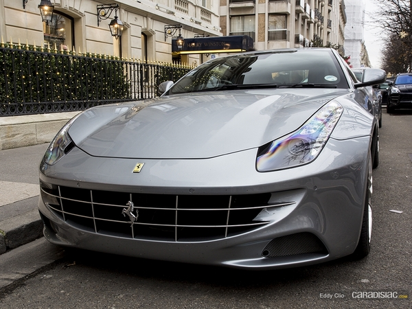 Photos du jour : Ferrari FF
