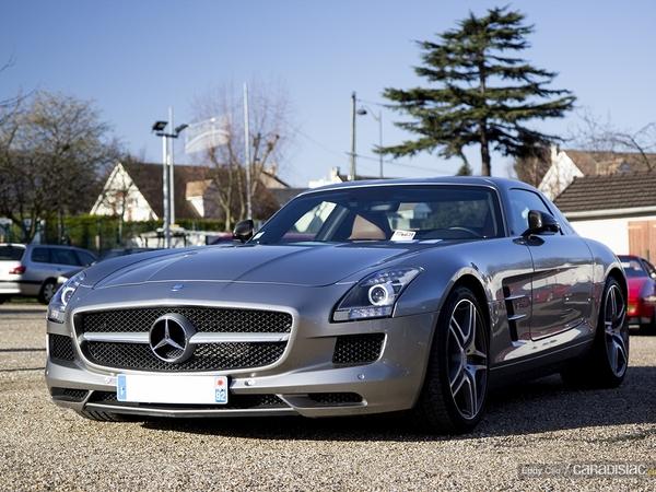 S7-Photos-du-jour-Mercedes-SLS-AMG-Cars-Coffee-Paris-100515