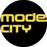 La Ducati Monster Art se la joue glamour au salon Mode City