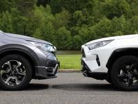 Comparatif vidéo - Honda CR-V 2.0 i-MMD vs Toyota RAV4 Hybrid : quel est le meilleur SUV hybride ?