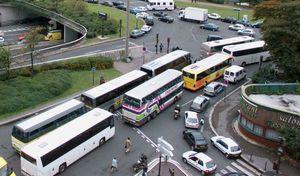 Paris: les autocars marquent l'arrêt de la circulation