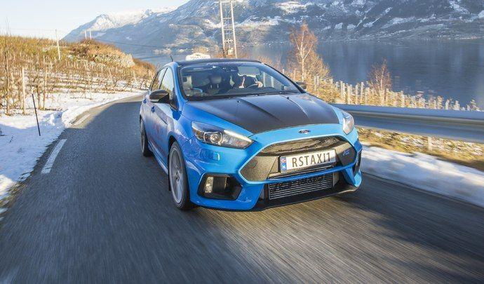 Le taxi qui bosse en Ford Focus RS
