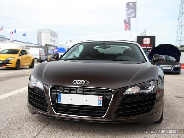 Photos du jour : Audi R8 Spyder