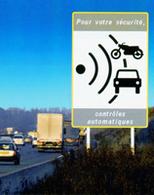Vitesse, feux rouges et distance de sécurité : les nouveautés radar en 2009