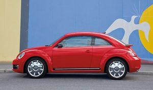 Test du diesel sur des singes: Volkswagen s'excuse, Mercedes prend ses distances
