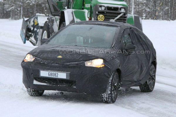 La future Citroën DS4 se promène bien habillée pour l'hiver