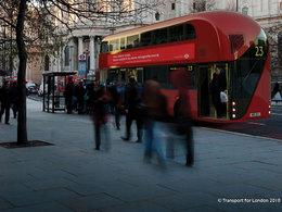 Transports en commun : le maire de Londres a dévoilé le nouveau Routemaster