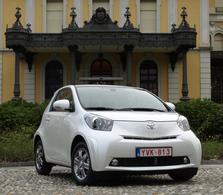 Essai vidéo -Toyota iQ : le cube à bobos
