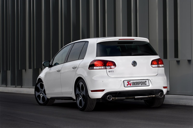 akrapovic de la nouveaut pour golf 6 gti et cooper s. Black Bedroom Furniture Sets. Home Design Ideas