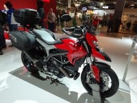 En direct du salon de milan 2015 ducati hypermotard 939 for Reduction salon de la moto