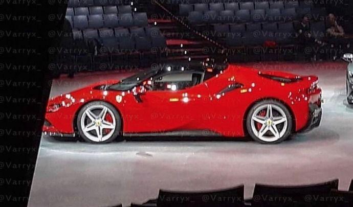 La supercar Ferrari hybride en fuite