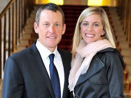 Faits divers: Lance Armstrong laisse son épouse s'accuser de son accident