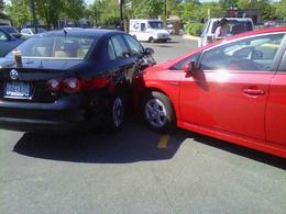 Insolite : une Toyota Prius conduite ( et crashée ) par un chien ?