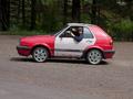 Une Volkswagen Golf Coupé ( à la scie à métaux )