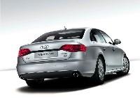 Audi A4L: allongée pour la Chine