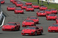 Embouteillage de Ferrari à Silverstone !