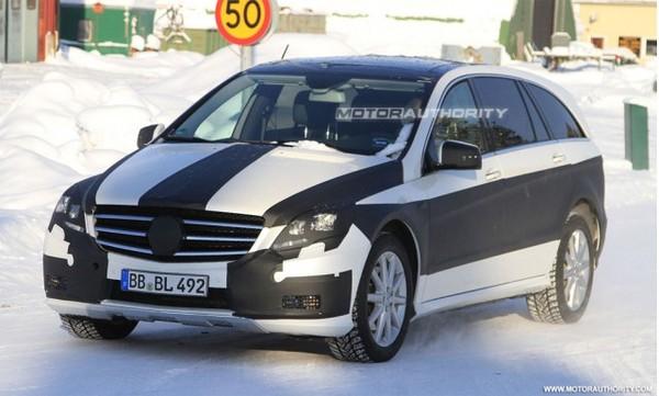 Spyshot : Mercedes Classe R restylé : imminent