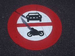 L'Union Européenne souhaite interdire les véhicules thermiques d'ici 2050