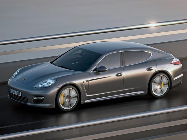 Officiel : Porsche Panamera Turbo S : 550 chevaux pour passer le 0 à 100 km/h en moins de 4 secondes