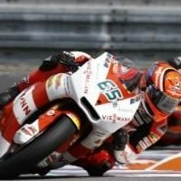Moto 2 - San Marin: Stefan Bradl est mis sous pression par Marc Marquez