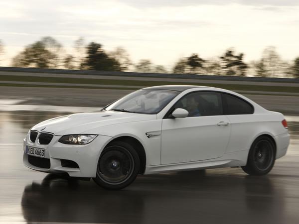 (Minuit chicanes) La force de BMW